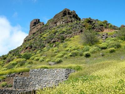 20111115184431-roque-bentayga-en-tejeda.jpg