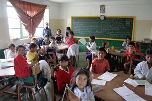 ¡Todas las niñas deben ejercer el pleno del derecho a la educación!
